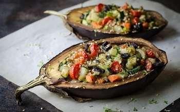Vinete umplute cu legume si seminte de dovleac