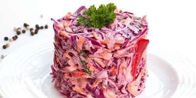 Reteta zilei - Salată de Varză Acră cu Ardei Iute